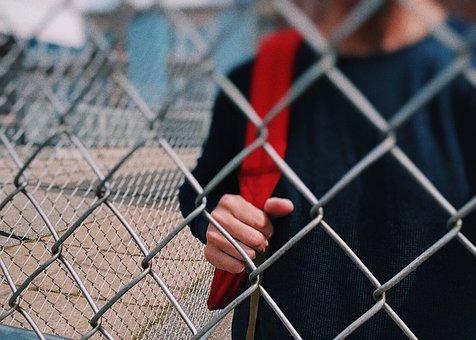 Helena Bjarnegård, riksarkitekt ryter – tänk mer på barnen