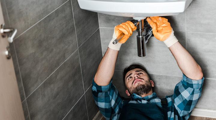 Fel på badrummet i köpt bostadsrätt